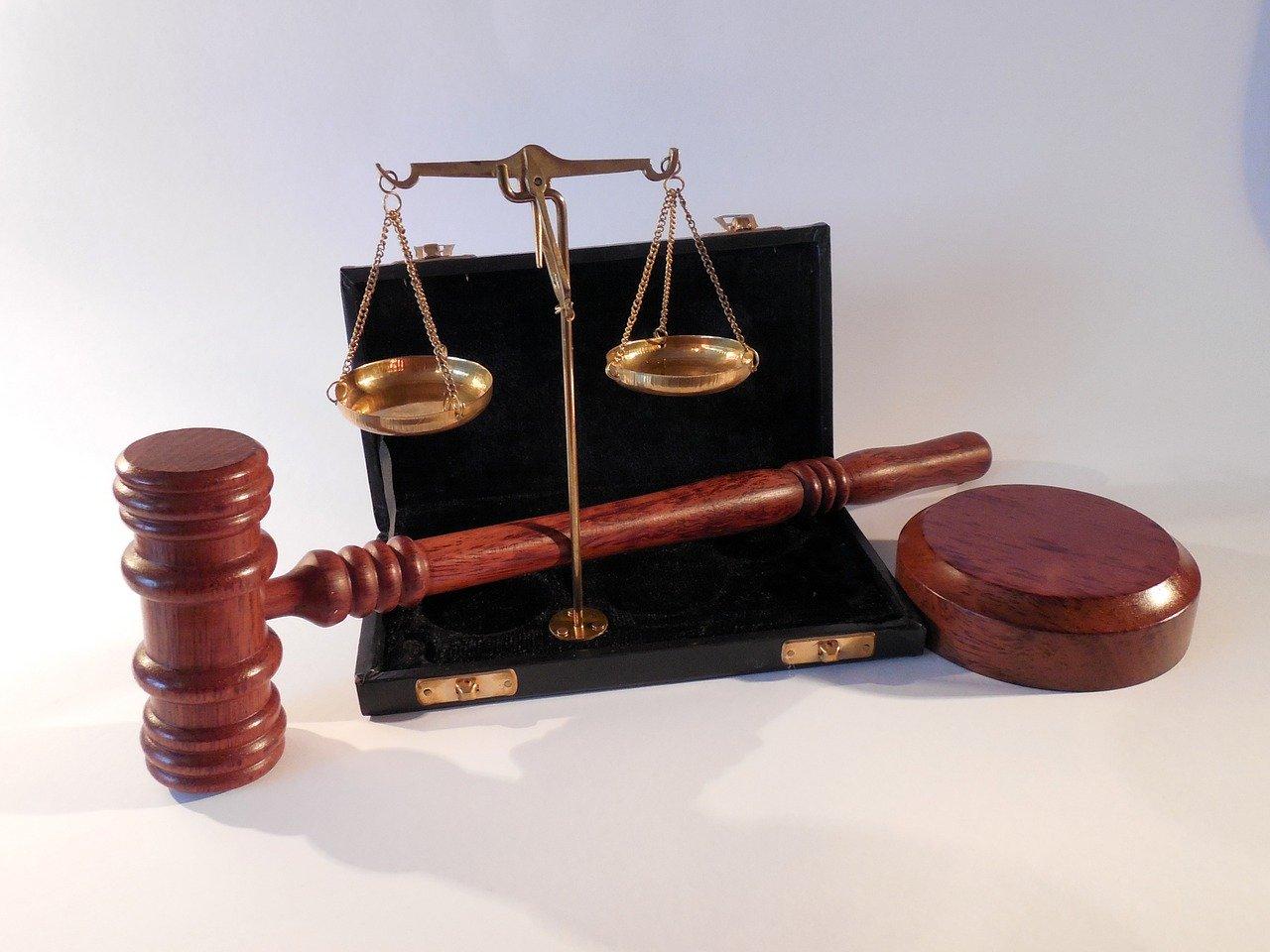 ドローン法律